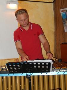 Matthias Legner am Vibraphon live@Innside