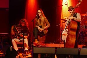 Poetzl_Eccli+Band